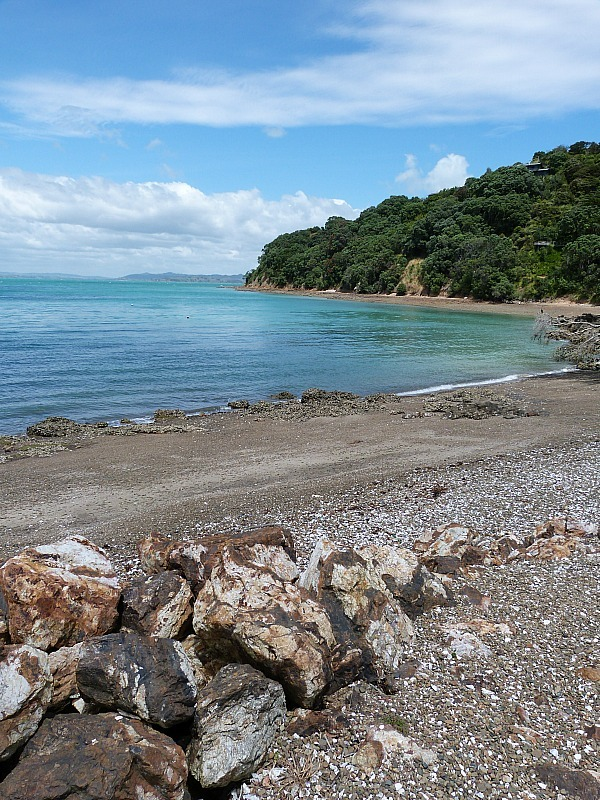 Quiet beach on Waiheke Island in Auckland, New Zealand