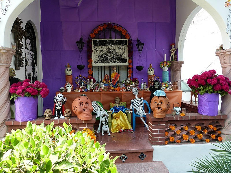 Dia de los Muertos decorations in Mexico