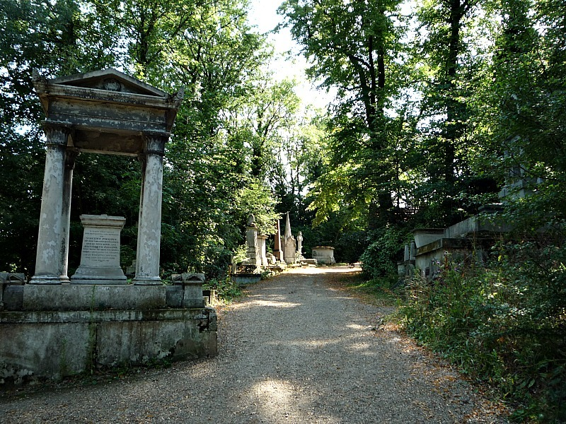 Nunhead Cemetery in London - one of the best cemeteries to visit around the world