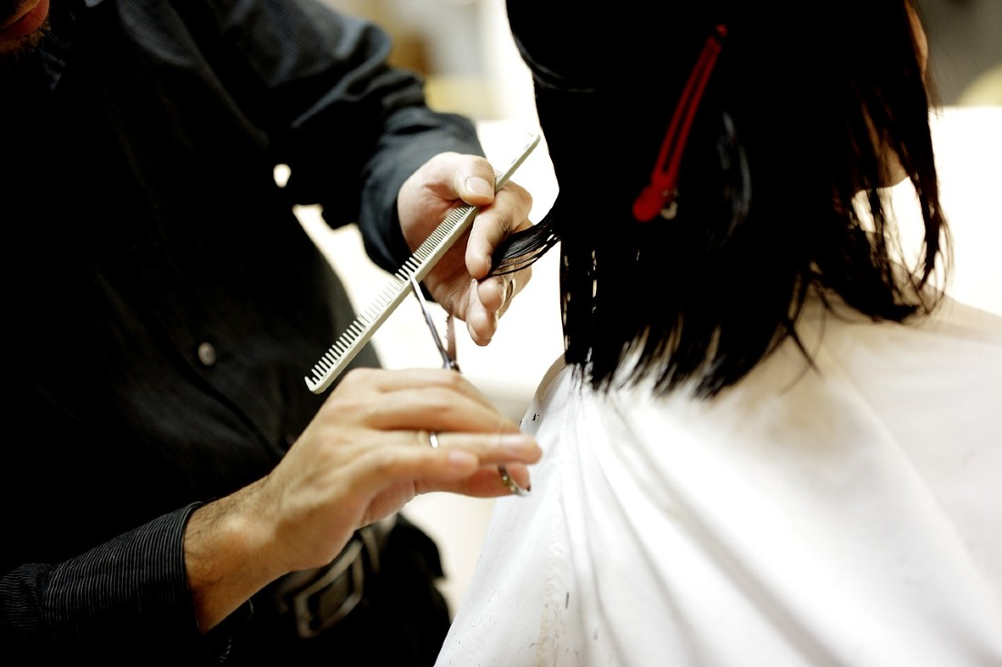 how to save money for travel - get budget haircuts