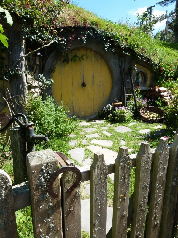 Hobbit hole of Samwise at Hobbiton