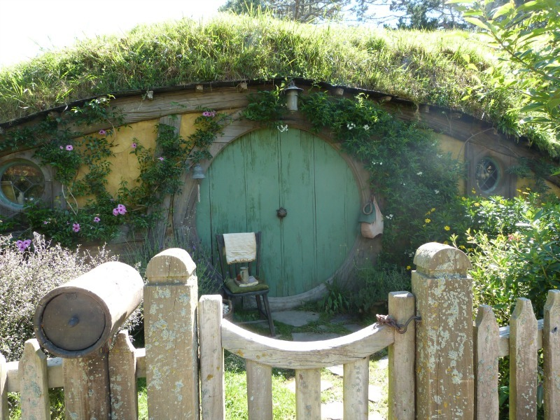 Hobbit hole at the Hobbiton Movie Set in New Zealand