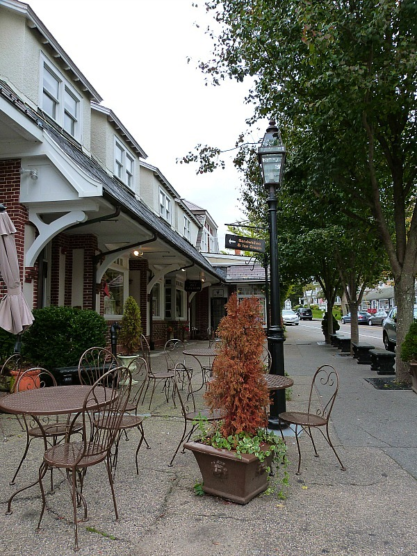 Downtown Chatham in Cape Cod - one of the best small towns in Massachusetts