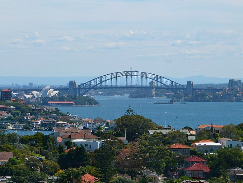 View from Dover Heights to City on walk to Watsons Bay