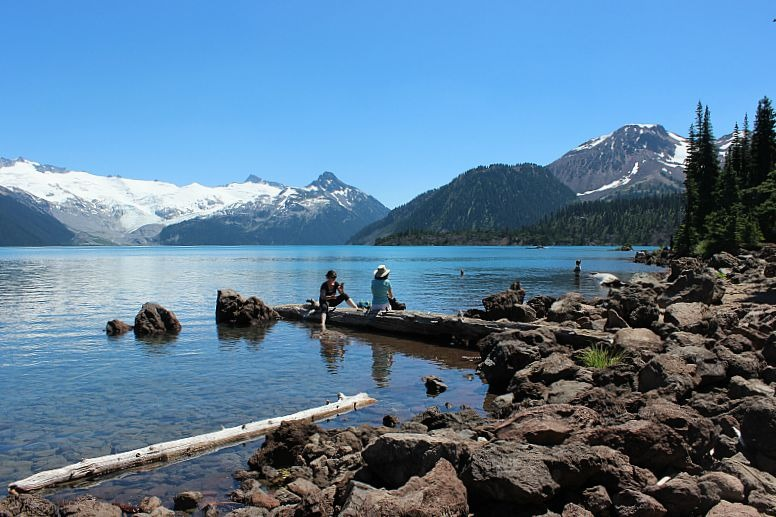 Incredible Garibaldi Lake - a Vancouver day hike
