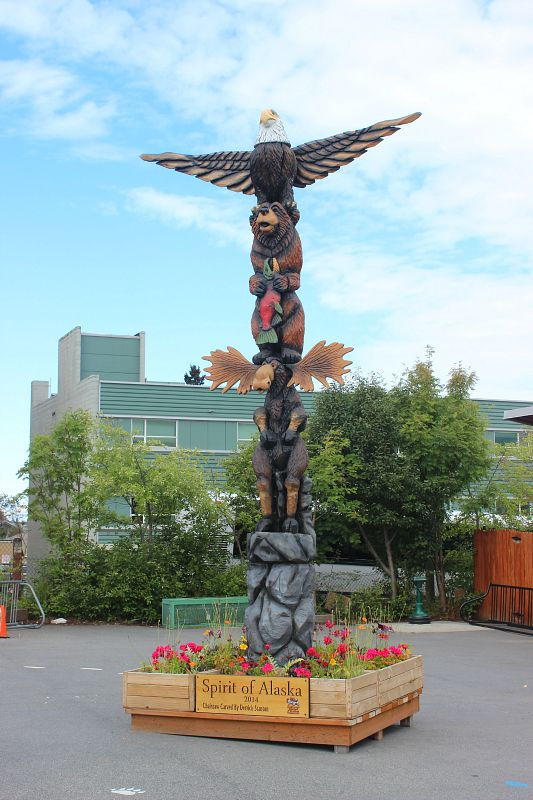Totem pole in Anchorage