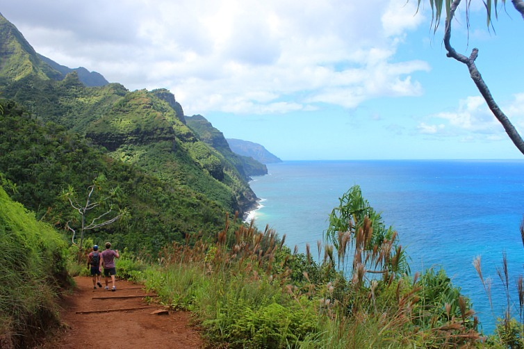 Hiking the Na Pali Coast during month four of digital nomad life