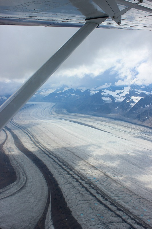 A highway of ice - on my Denali Flightseeing Tour