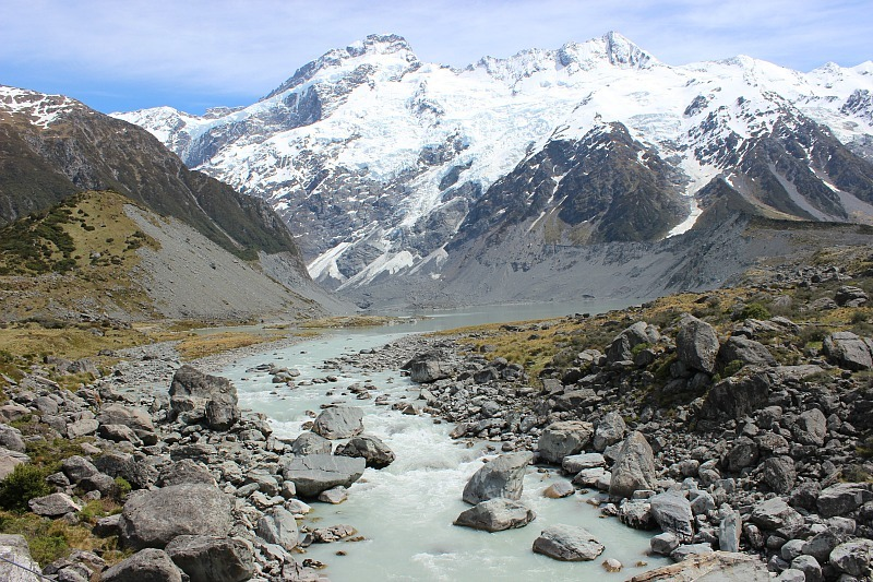 Hiking the Hooker Valley Track in New Zealand during month five of digital nomad life