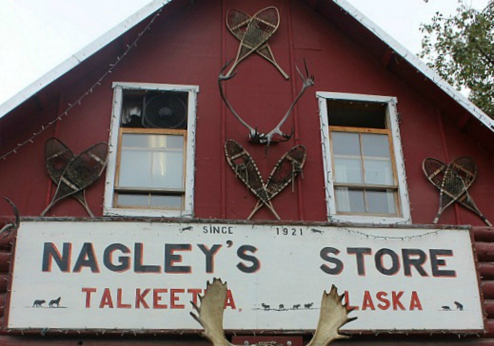 Visit Talkeetna on the way back from your Denali National Park budget trip