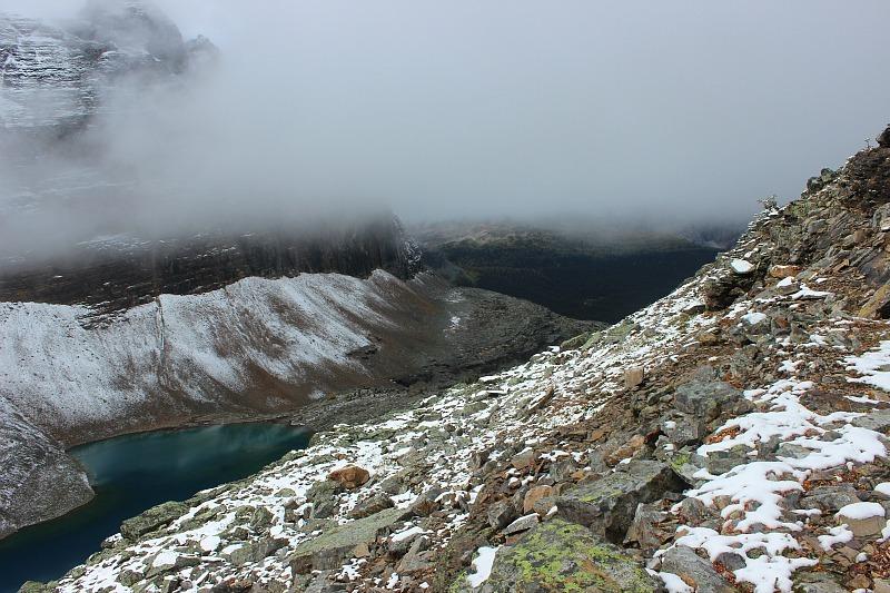 The rocky path to Abbot Pass Hut above Lake Oesa