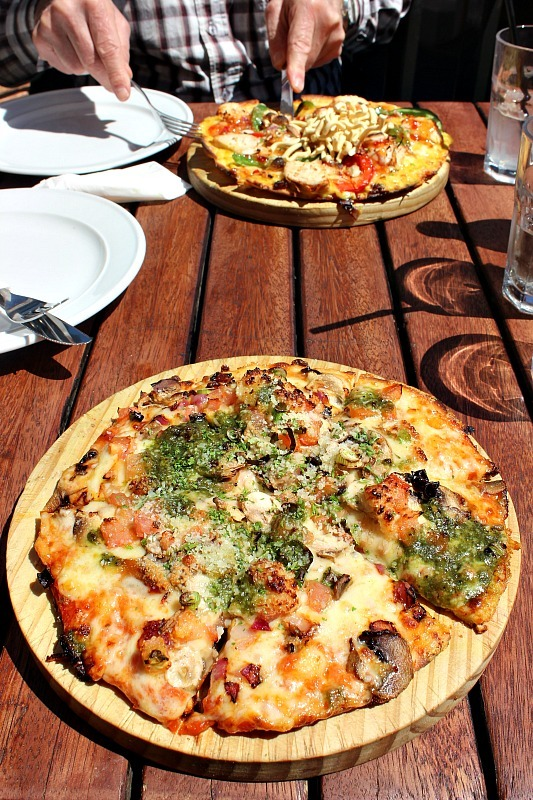 Amazing pizza at Winnie's in Queenstown