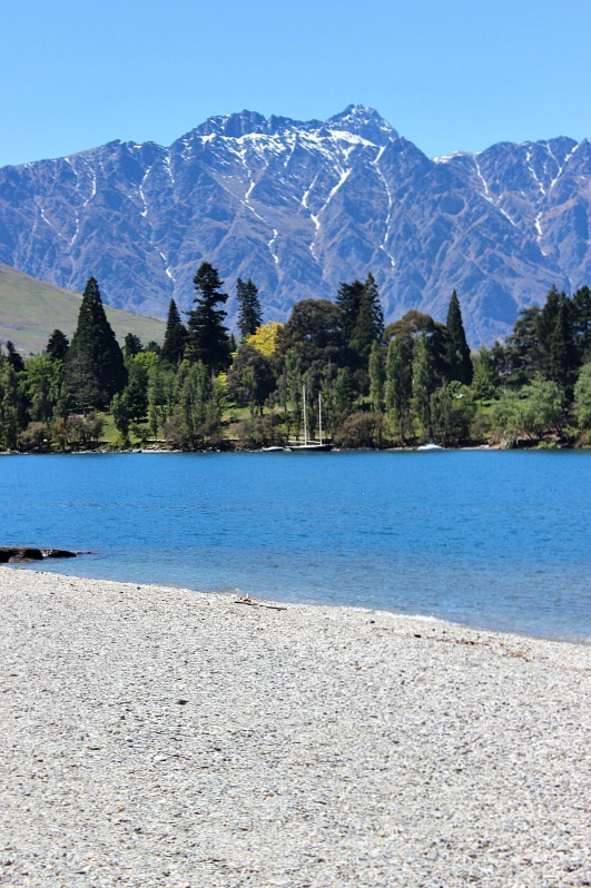 Lake Wakatipu in Queenstown
