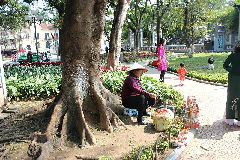 Street vendor in Hanoi during month eight of digital nomad life