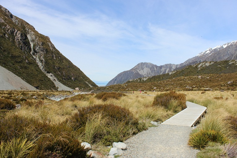 Hiking back from Mount Cook in the Hooker Valley