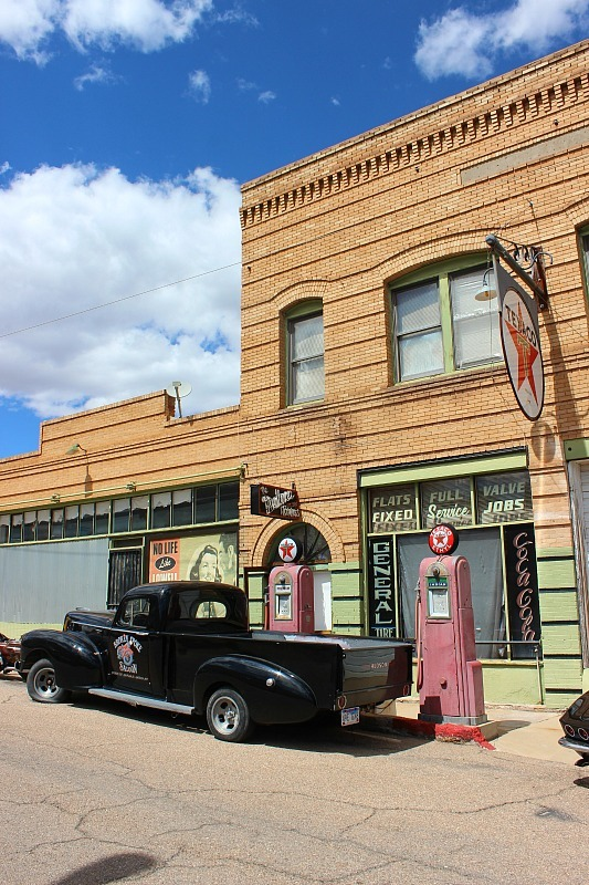 Visiting Historic Lowell, Arizona during month 10 of digital nomad life