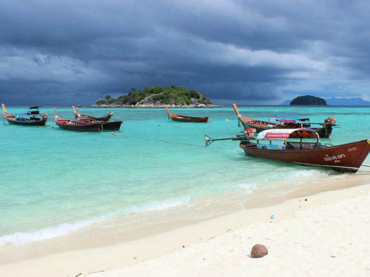 Koh Lipe snorkeling boats