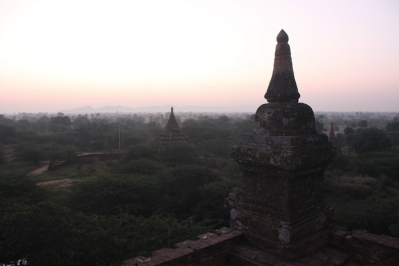 Experiencing a Bagan sunrise - a must on your Bagan trip