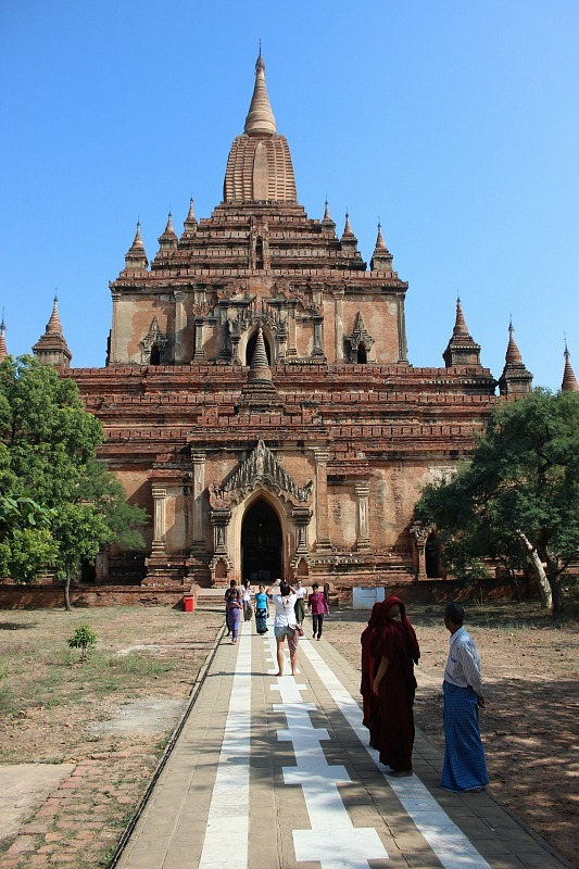 Dhammayangyi Pahto - a must add to a Bagan itinerary