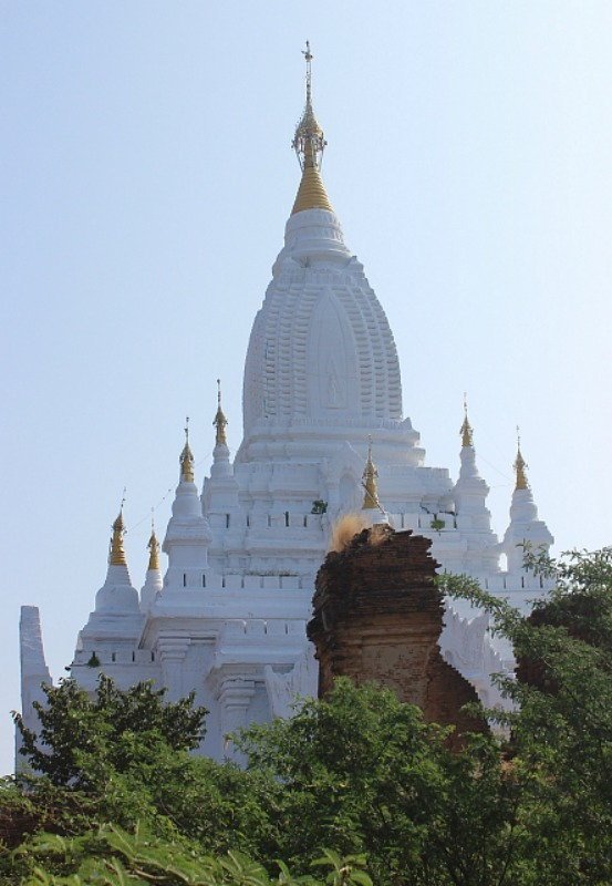Lay Myet Hnar Complex - one of the most impressive Bagan pagodas