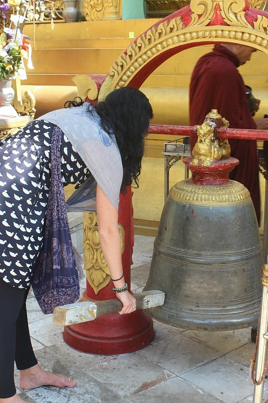 Sule Pagoda bell ringing