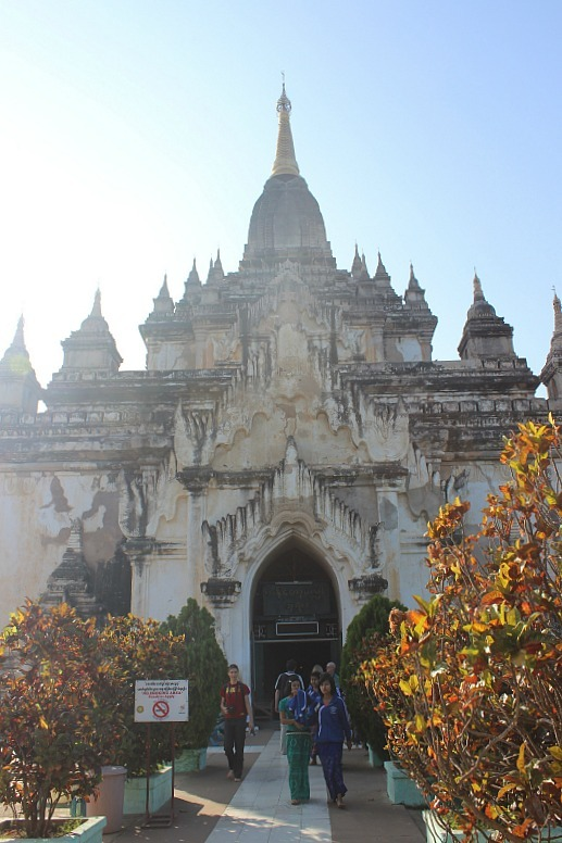 Thatbyinnyu Pahto is a must see on a Bagan trip