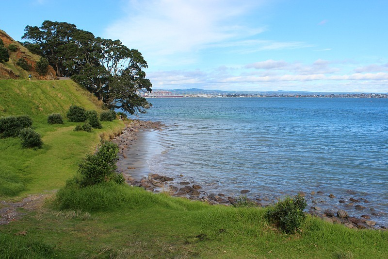 Walking round the Mount, Tauranga NZ during month 13 of digital nomad life