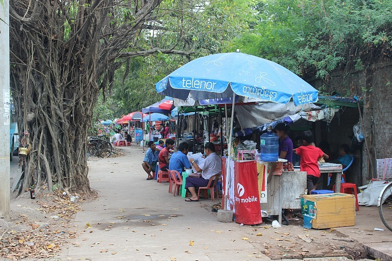 I loved the food in Yangon, especially the street food