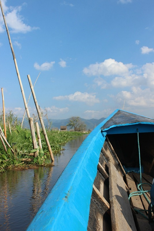Take an Inle Lake boat trip for beautiful lake scenery