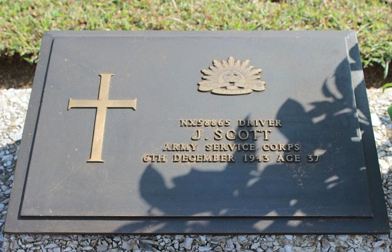 Grave of soldier in Thanbyuzayat Military Cemetery near Mawlamyine