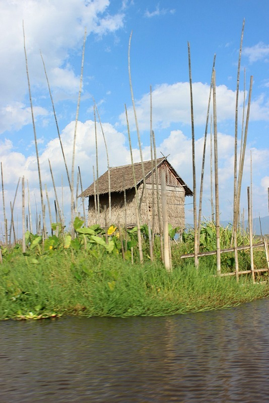Inle Lake sightseeing on a boat trip