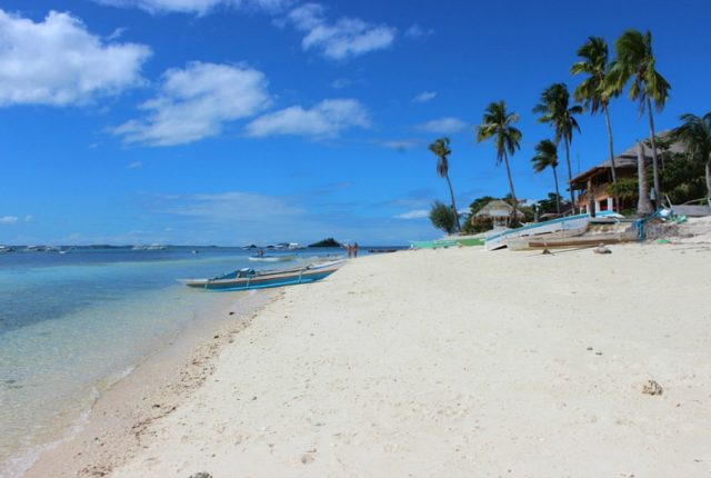 Beautiful beach on Malapascua Island