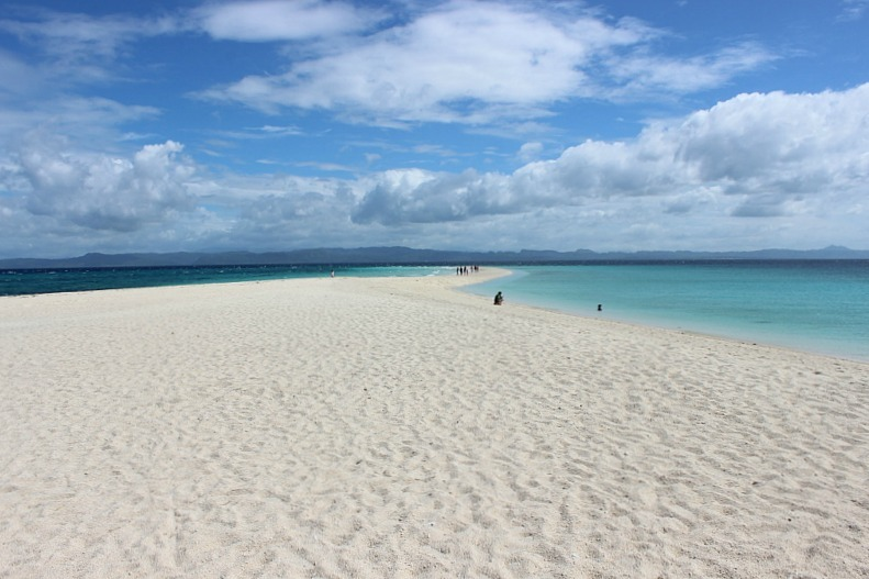 dreamy-kalanggaman-island