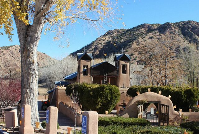 santuario-de-chimayo-the-world-on-my-necklace