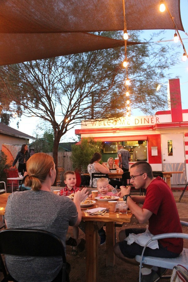 Eating at Welcome Diner in Phoenix during month 17 of digital nomad life