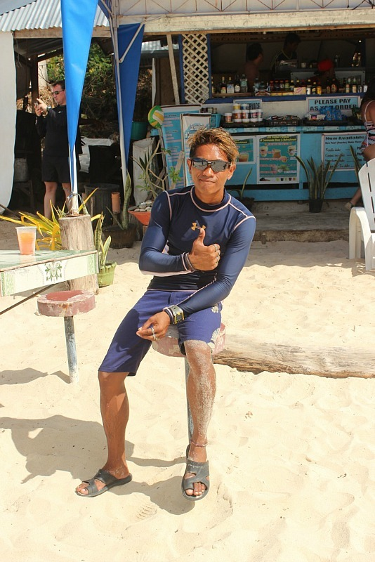 Our guide for El Nido island hopping tour A