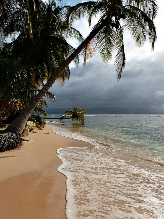 The San Blas Islands of Panama - one of the 10 best offbeat islands to visit