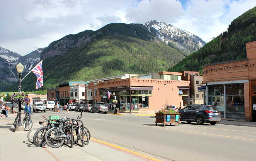 Beautiful Telluride Colorado, the best mountain town in Colorado