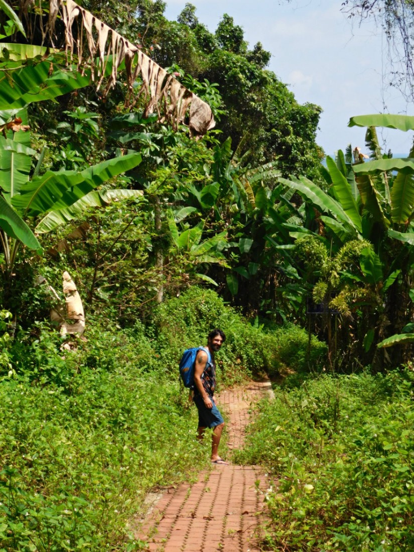 Hiking the trails of the Perhentian Islands in the shoulder season