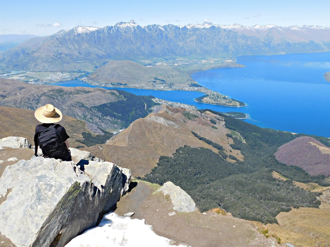 The Ben Lomond Summit in Queenstown, New Zealand - having time to do lots of hikes is a benefit of living a nomadic life