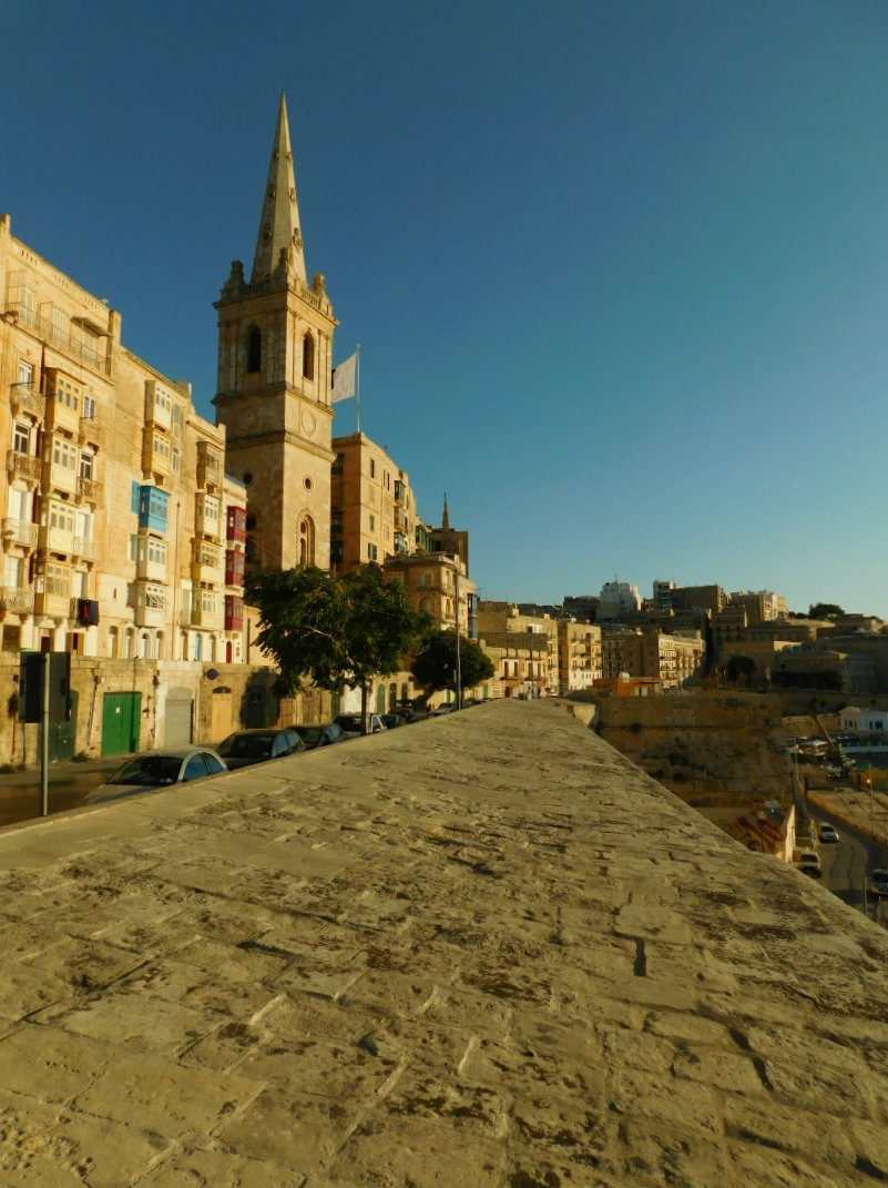 Exploring Valletta Malta has been a bonus of my nomadic life. | The World on my Necklace #malta #europe #nomadiclife