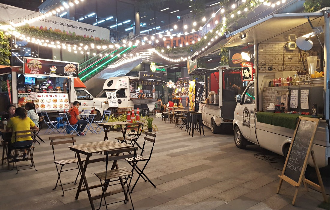 Food trucks in Bangkok - a highlight of month thirty six of digital nomad life