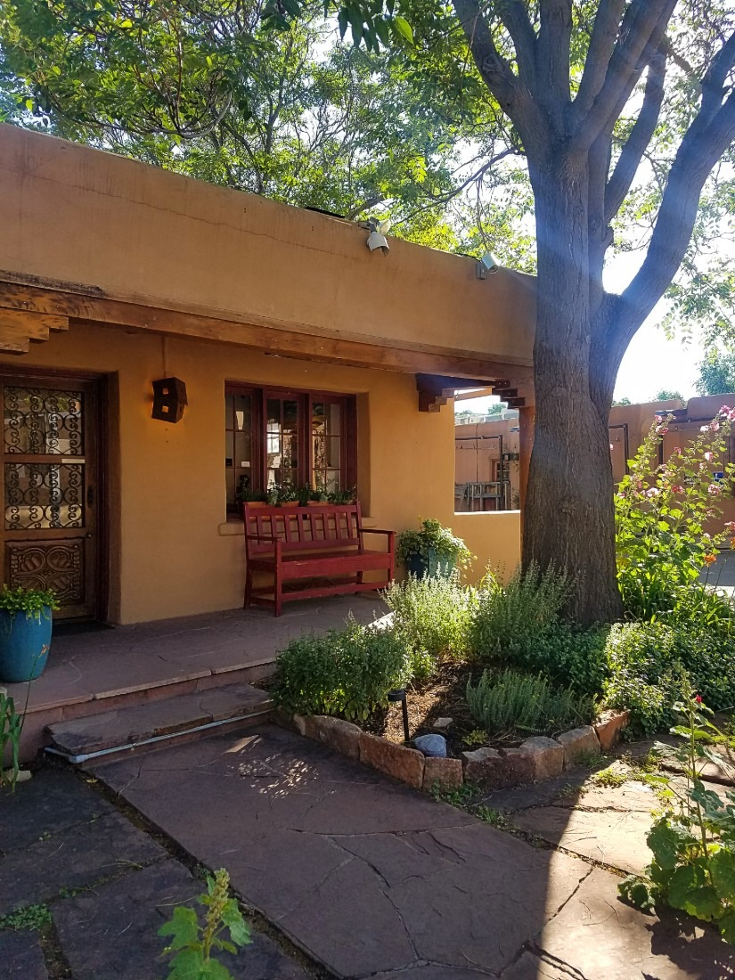 Canyon Road gallery in Santa Fe