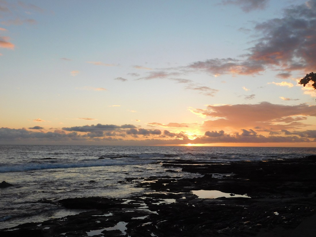 Sunset at Ho'okena Beach in South Kona - a highlight of my 1 week in Hawaii
