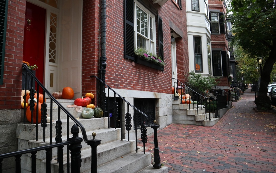 Spend 2 days in Boston during Fall