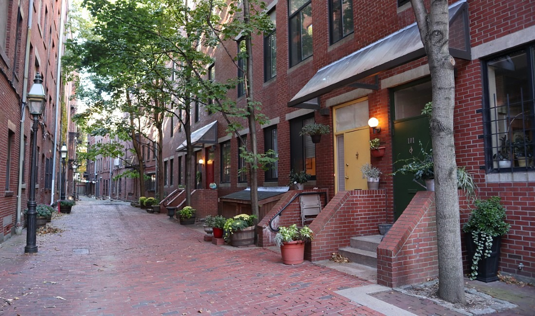 Make Beacon Hill part of your 2 days in Boston itinerary