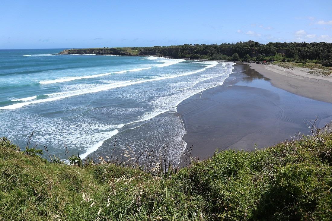 Beach at Opunake in New Zealand