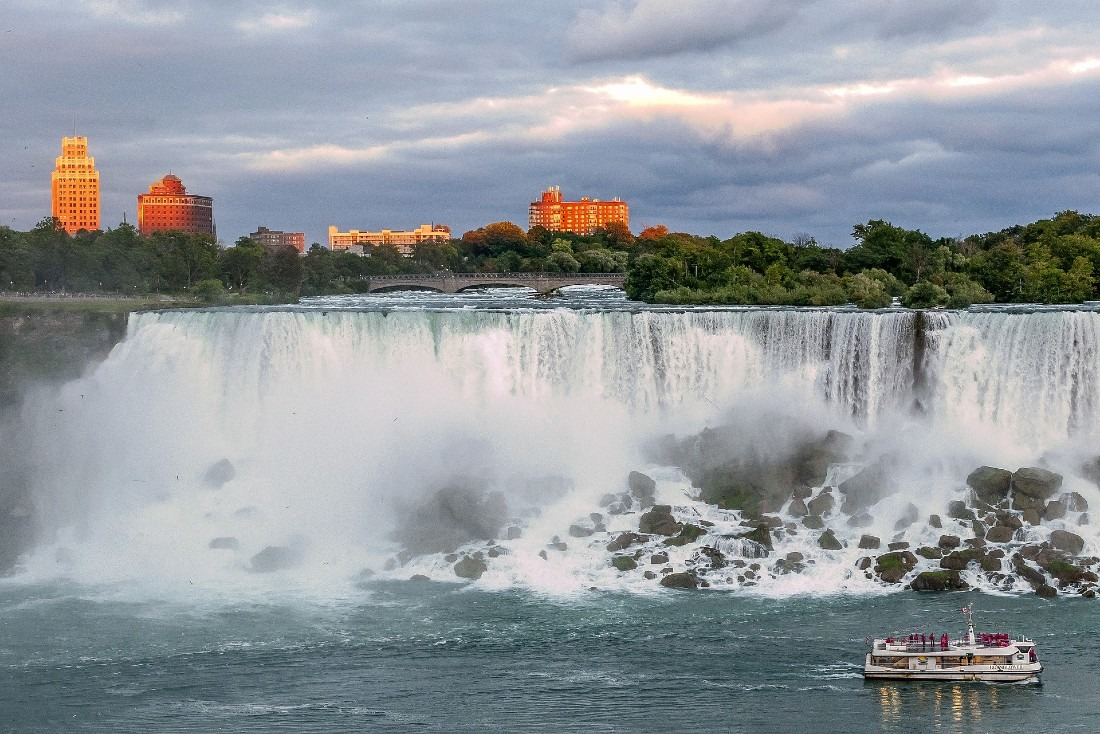 Hotels at Niagara Falls