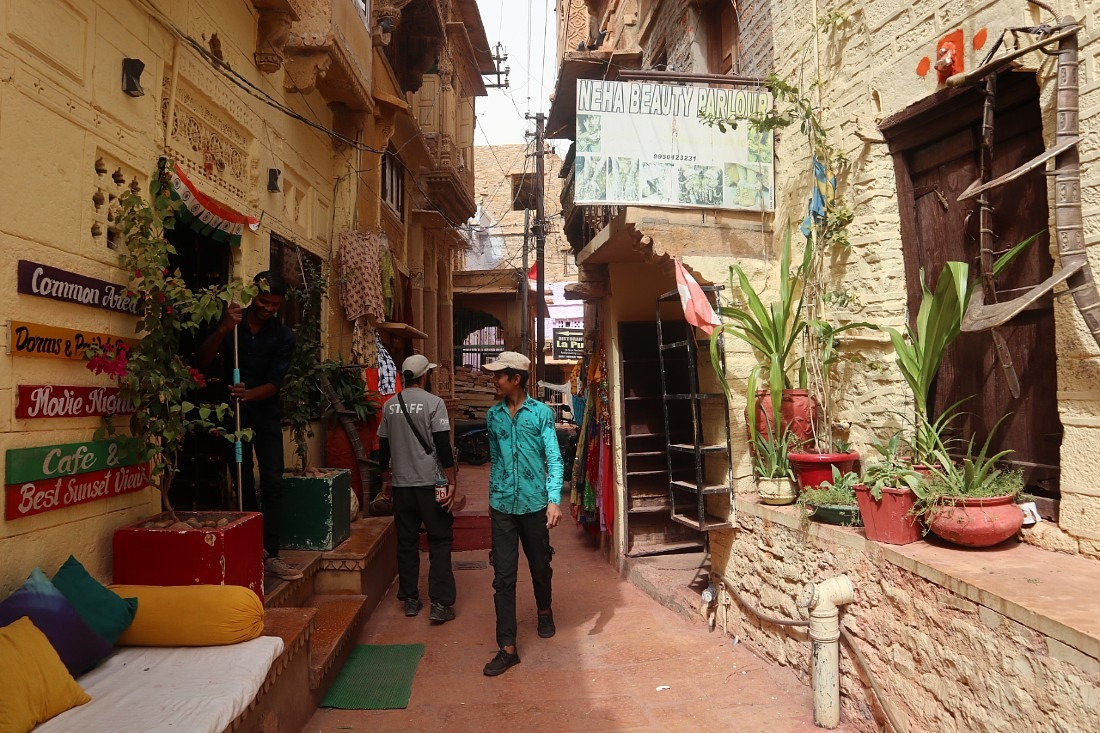 Staying in Jaisalmer Fort was a highlight of our Rajasthan travels