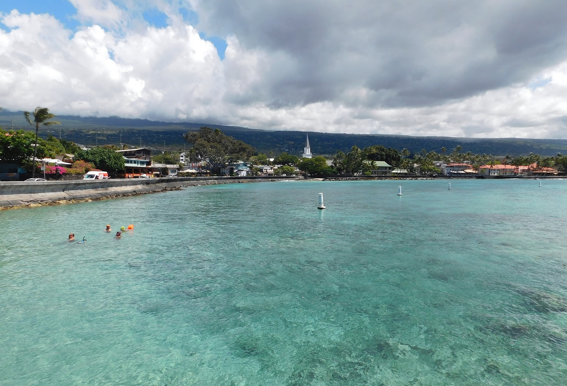 Beautiful Kailua Bay in Kailua-Kona on Hawaii